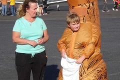 FB-Giant-Dinosaur-and-Mom.-836