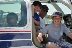Bob-Wall-Flies-kids.-5-23-2011.-0198