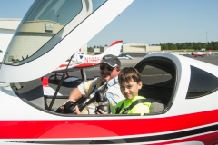 Getting-ready-for-Young-Eagles-Ride.-Gary-Winkler-Tyler-Rogers.-L-Gingerich-photo