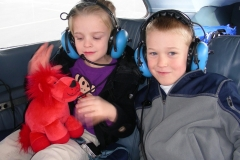 Lilly-and-Nathan-Flew-with-Dad-Matt.713