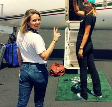 Cute-Girl-boarding-Jet.-6-29-2014.-